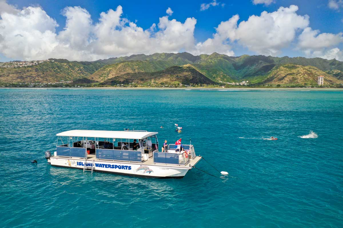A great snorkeling tour on Oahu with Island Water Sports Hawaii